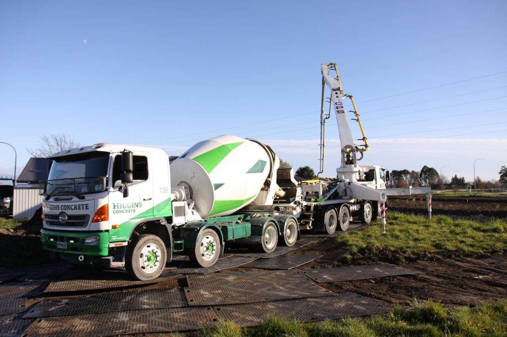 ground protection mats being used by Higgins Concrete for Concrete pour New Zealand